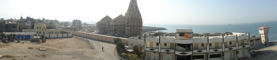 Somnath Temple: Wide angle view of the Temple complex
