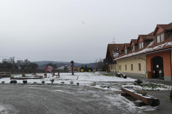 Chrastava, République tchèque : Hotel & Restaurant & Farm