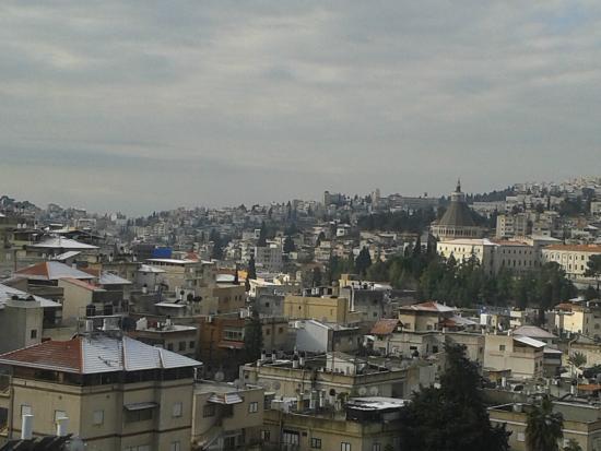 Rimonim Hotel Nazareth : snowy view from my room