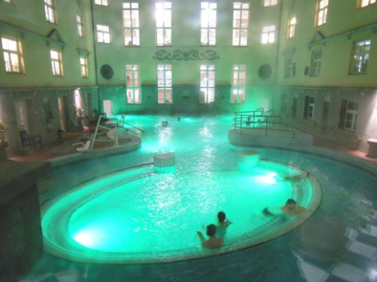 La Vasca Termale All 39 Aperto Picture Of Lukacs Baths Budapest Tripadvisor