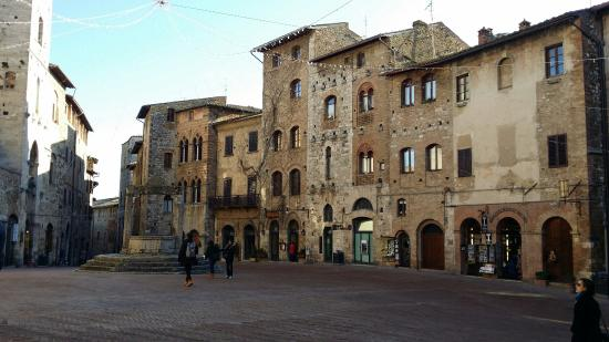 ‪Historic Centre of San Gimignano‬
