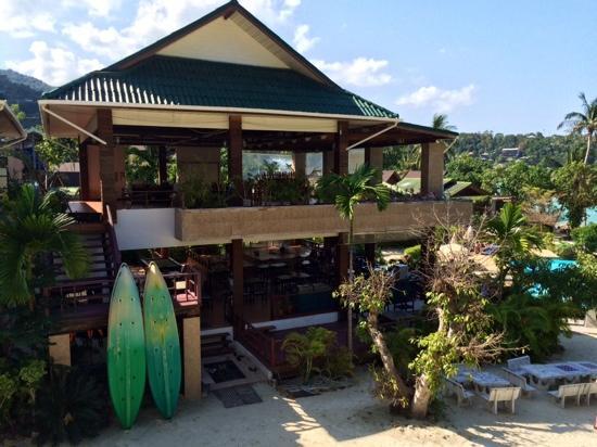 Haadlad Prestige Resort & Spa: Batiment pour prendre le petit déjeuner (rez de chaussée sur-élevé)