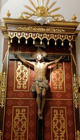 Iglesia de San Jaime y Santa Ana: Cristo crucificado