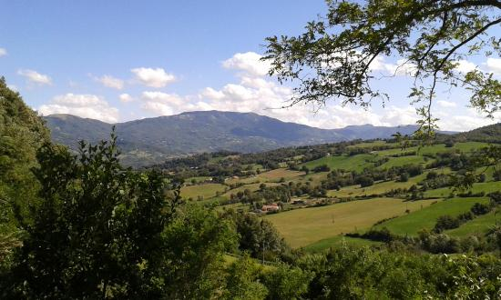 Badia Tedalda, Italie: Vista della Valmarecchia da Vigiolo