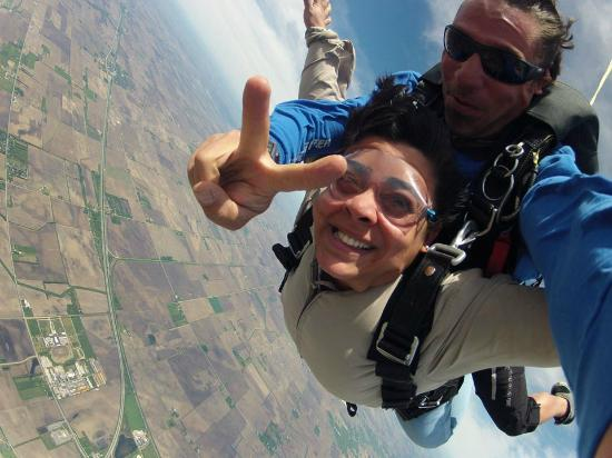 Kankakee, IL: Brad Is The Guy Who Should Jump With. Piercing Wind, Trembling Nose & Skin...WOW!