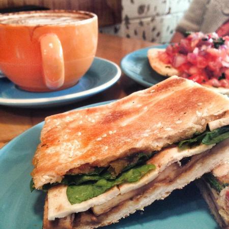Up Beet Juice & Espresso: Satay tofu and mushroom toastie