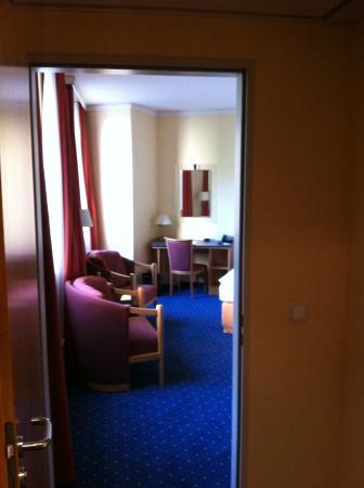 Sheraton Offenbach Hotel: entry