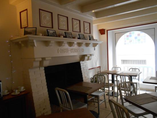 Le Petit Hotel: The breakfast area
