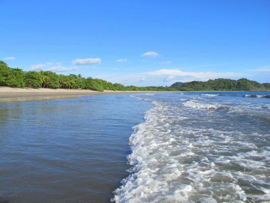 Nosara Playa Garza Hotel: beach - quiet and spacious, good waves