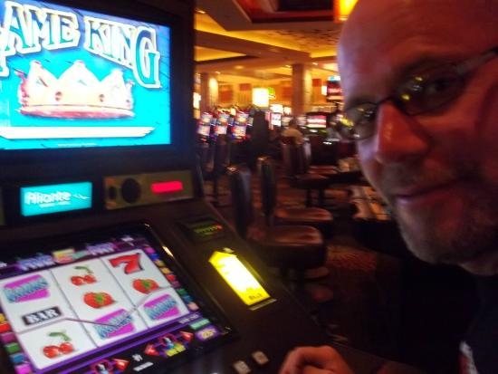 Aliante Casino + Hotel + Spa: slots!