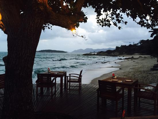 Ochos Steakhouse at Outrigger Koh Samui Beach Resort : great panoramic view