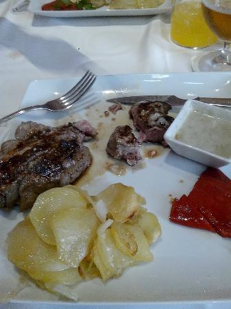 Restaurante Alcaravea: Tierno como el solo