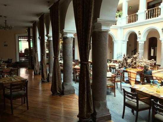 Typisch für Quito: die Innenhöfe, besonders schön im El Rincon de Cantuna
