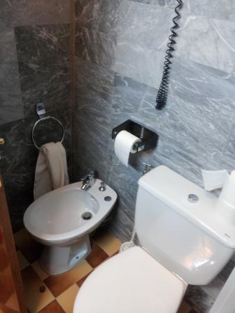Hotel Parma : baño