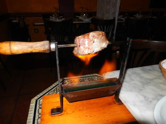 La Cua Curta: Vlees aan het spit