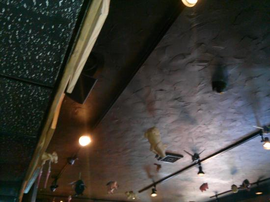 Flying Pig Saloon : Flying pigs, enough said