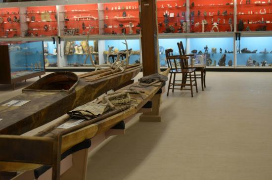 Eskimo Museum: eskimo miseum