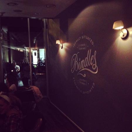 Bindles Brasserie: Bar area