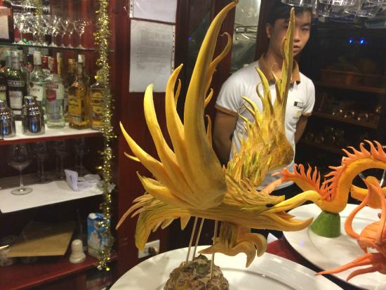 Dragon Pearl Junks: Chef's amazing creativity