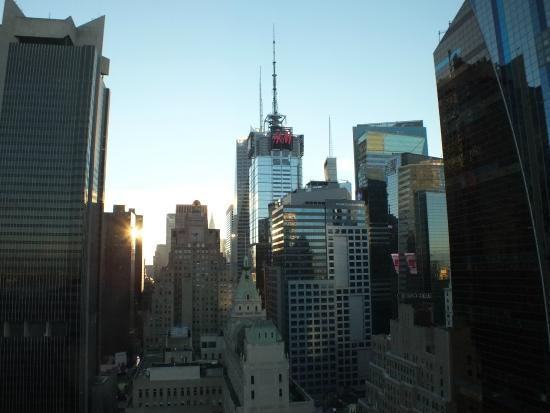 InterContinental New York Times Square: Sunrise from 36th floor