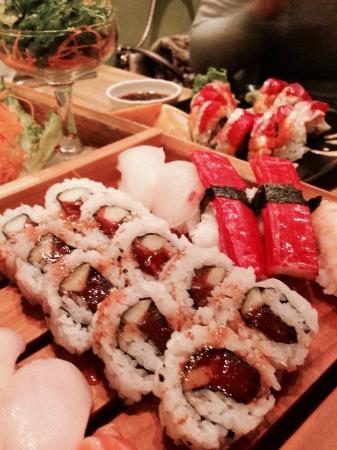Banzai Sushi & Thai Restaurant : Exquisita convinación