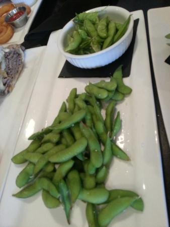 The Heid Out Restaurant and Brewhouse : Edamame