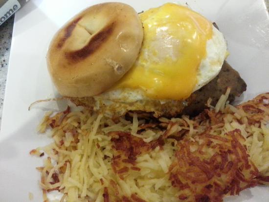Central Park Family Restaurant: Gyro sandwich on a bagel