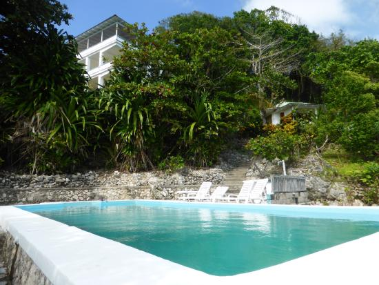 Noel Coward's Blue Harbour: sea salt water pool