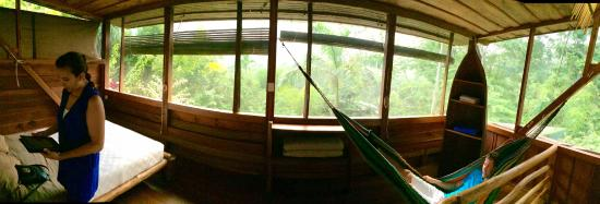 Omega Tours Eco Jungle Lodge: Upstairs of Beauty View Cabinet.