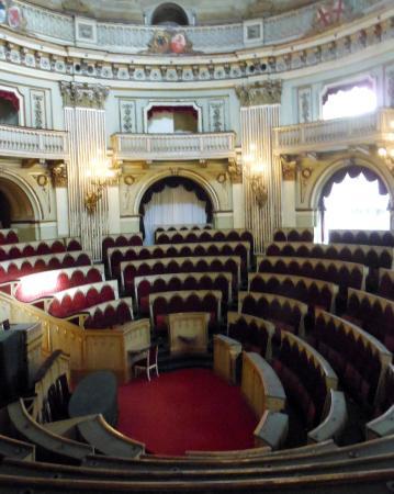 Aula parlamento subalpino foto di museo nazionale del for Storia del parlamento italiano