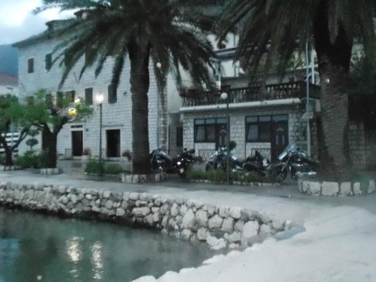 Hotel Pana Kotor: moto majowka 2014