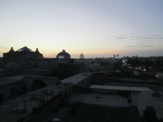 La Posada del Kuraka : view from the roof at dusk