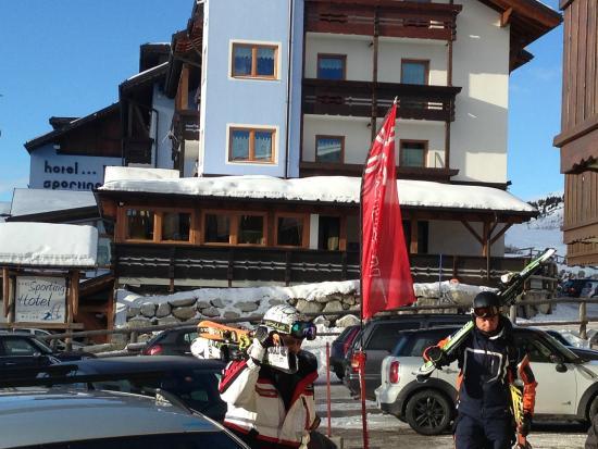 Hotel Sporting vista laterale