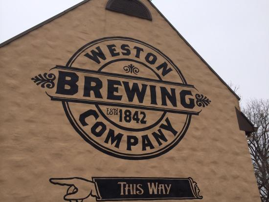 O'Malley's Pub: Weston Brewery