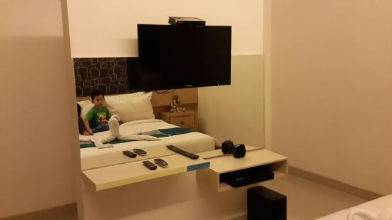 Karana Villa: The room with tv and dvd player