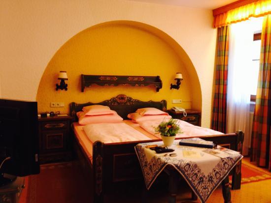 Tilman Riemenschneider Hotel: room
