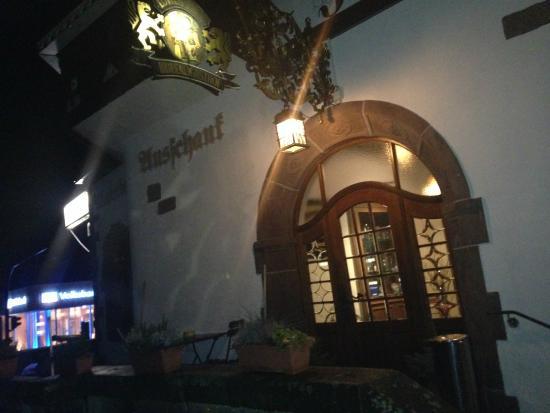 Brauereigasthof Löwen Post: Wejście