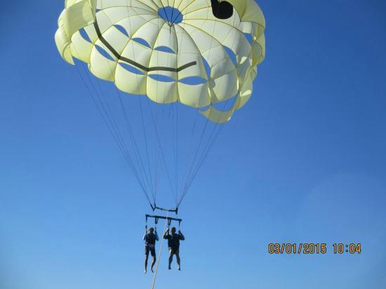 Happy Flights Cabo Parasailing: Flying high