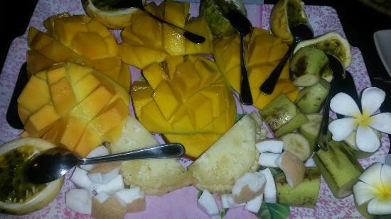 Safina Beach Bar & Grill : Frutta