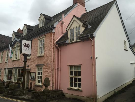 Dragon Inn Crickhowell: Dragon, Crickhowell