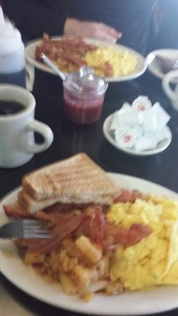 Mike's City Diner : Great breakfast