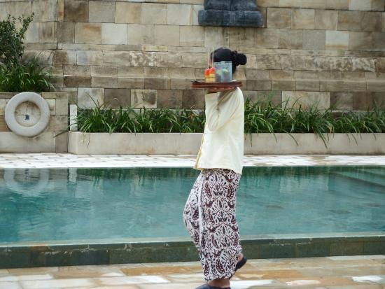Amanjiwo Resorts: Agua y frutas .
