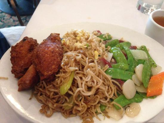 Tam's Cuisine of China : Pork with snap peas lunch menu