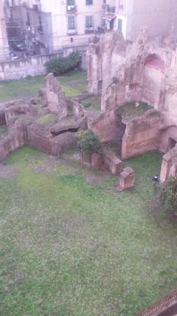 Area Archeologica di Carminiello ai Mannesi