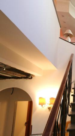 Hotel Alinari: Slechte afwerking