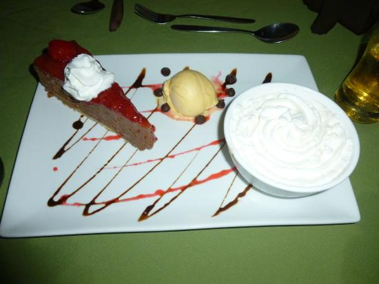Rock Lobster : Dessert platter with black forrest cheese cake, ice cream and Amaretto mouse