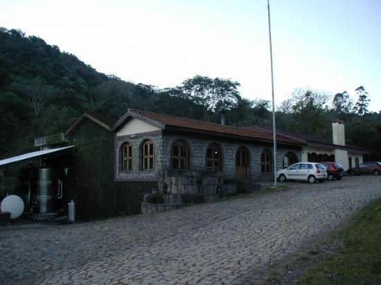 Itaara, RS: Vinícola Velho Amâncio (foto não recente)
