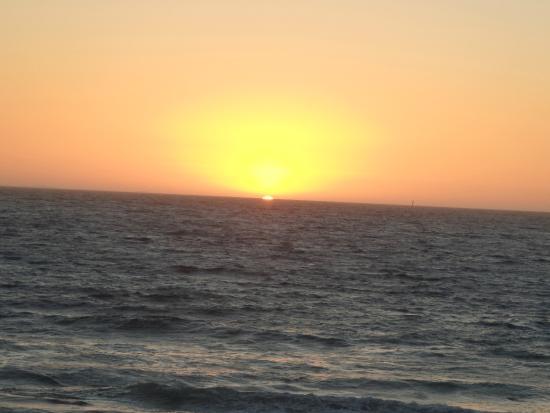 Trigg Beach: New Years eve sunset