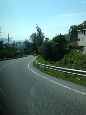 Blue Island - Day Tours: 専用車で市内観光