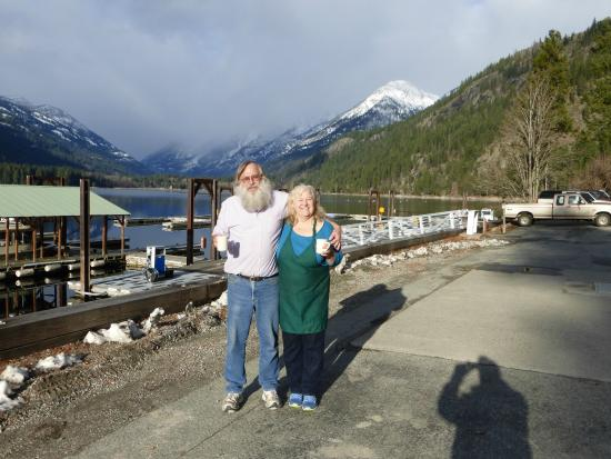North Cascades Lodge at Stehekin: Phillip and Mary, Lodge managers
